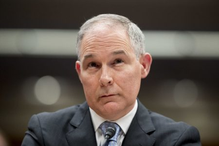 EPA bars three reporters from covering meeting; one says she was shoved by a guard