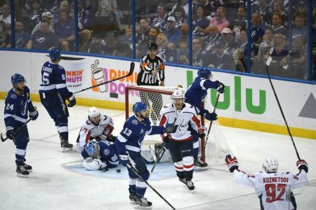 Capitals-Lightning Game 1: It's 3-0 … no, sorry, it's 4-0 Washington