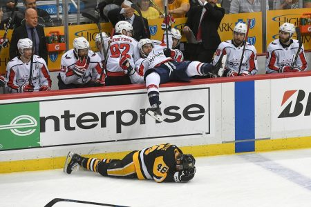 Capitals-Penguins Game 3: Washington ties it at 3; Tom Wilson annihilates another player