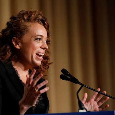 Michelle Wolf's correspondents' dinner set made Washington uncomfortable. But comedians have her back.
