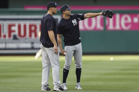 Yankees stayed at Dulles overnight after Nationals rainout, flight delay