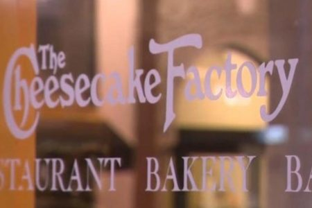 Cheesecake Factory: MAGA hat incident overblown