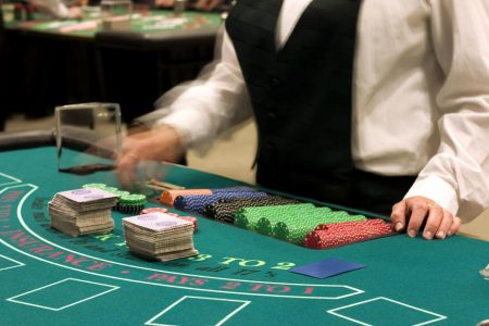 A Vegas casino strike could cost $10 million a day