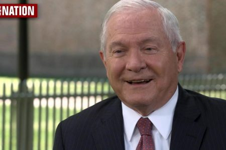 """""""Not the way I would deal with people,"""" former Defense Secretary Gates says of Trump"""