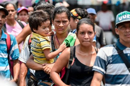 Venezuelans head to polls with great hunger, little hope