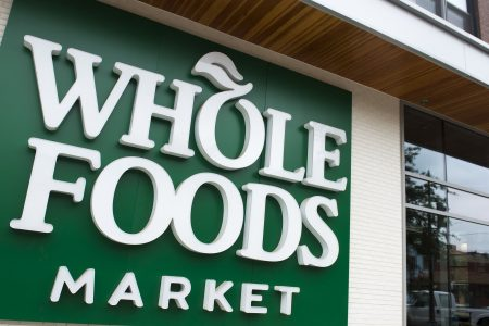Amazon Prime customers to get discounts at Whole Foods in bid to lure online shoppers to stores