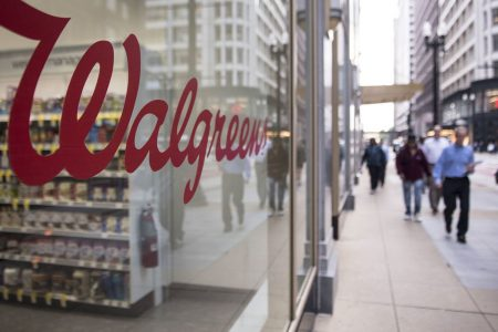 Walgreens shares pull back after initial post-earnings gains