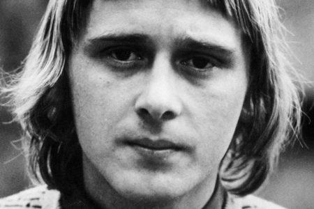 Danny Kirwan, Guitarist During Fleetwood Mac's Early Years, Dies at 68