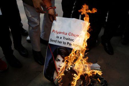 Priyanka Chopra, 'Quantico' Star, Apologizes for Show's Terrorism Plot Line