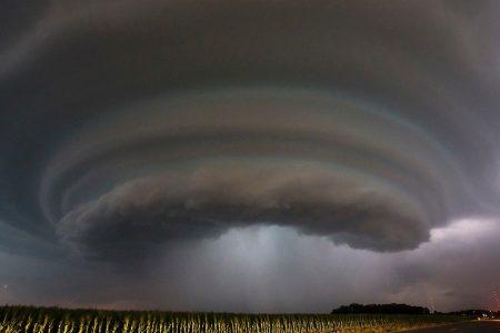Tornado slams Kansas town, emergency declared after 8 injured