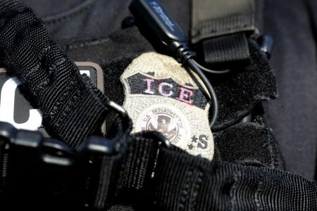 Immigration lawyer trying to reunite mother, child claims ICE agent shoved her