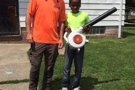Ohio boy's lawn care business goes viral after 'ridiculous' neighbor calls cops on him