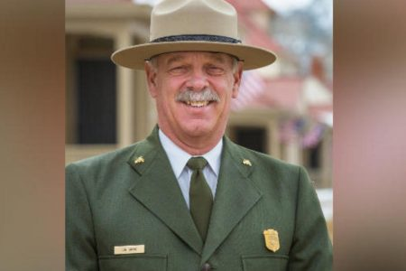 """Yellowstone chief Dan Wenk says he feels he's """"no longer wanted"""" after spat with Trump administration"""