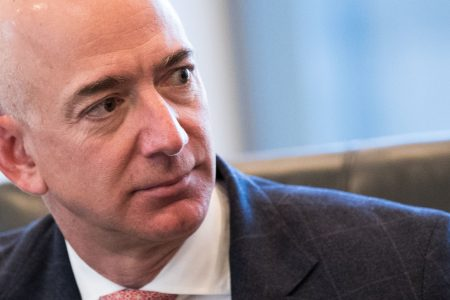 9 rival tech companies are working together to prevent Amazon from landing a $10 billion cloud contract