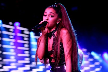 Ariana Grande ditches heavy makeup, gets honest about PTSD after Manchester for 'British Vogue'