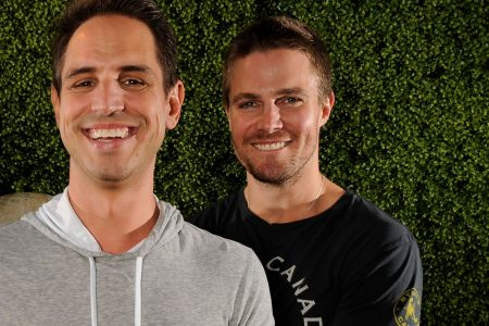 As producers move to Netflix, 'Arrow's Greg Berlanti gets big deal to stay at Warner Bros.