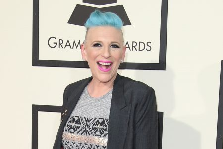 Comedian Lisa Lampanelli unloads on heckler during a stand-up show