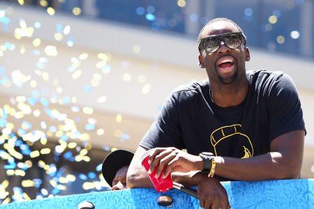Draymond Green trolls LeBron James, Cavaliers during Warriors' parade