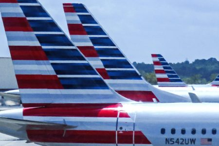 American Airlines technical glitch cancels 275 flights, strands thousands at airport in North Carolina
