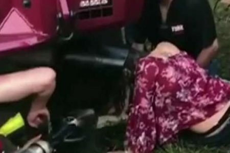 Teen gets head stuck in exhaust pipe at country music festival