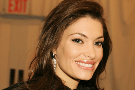 'Daily News' Writer Uses 'Roseanne Excuse' for Racial Slur Against Kimberly Guilfoyle — Still Has Job