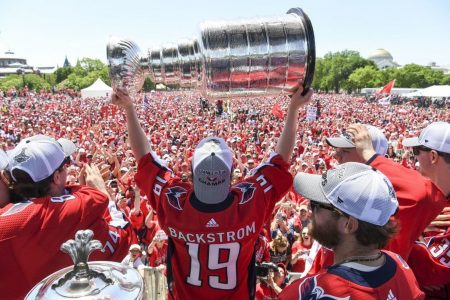 Capitals' Stanley Cup parade: Ovechkin's speech brings the celebration to a wild end