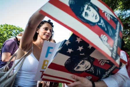 Tens of thousands expected to descend on Washington to protest Trump's immigration policy