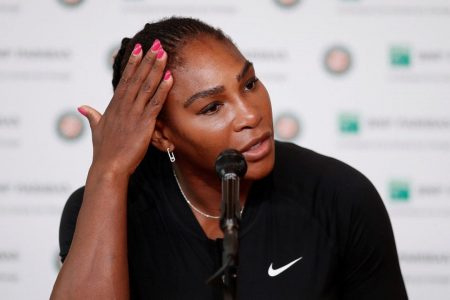 Serena Williams pulls out of French Open with pectoral injury before Maria Sharapova match