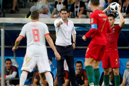 Spain Beats Iran, as Coach of Seven Days Tops Coach of Seven Years