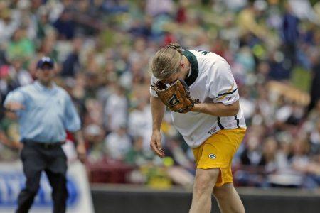 Packers' Matthews needs surgery after softball accident