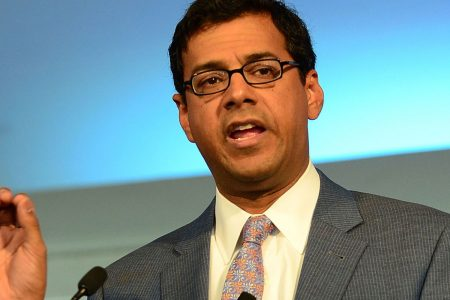 Dr. Atul Gawande to start as CEO of Buffett, Bezos and Dimon's health-care venture