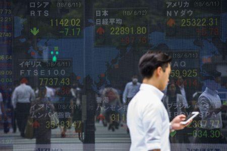Dollar Extends Advance After Powell; Stocks Climb: Markets Wrap