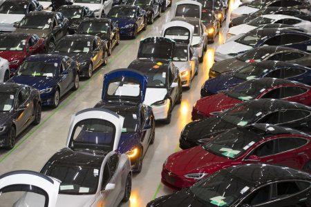 Tesla Plans China Plant With 500000 Vehicle Capacity