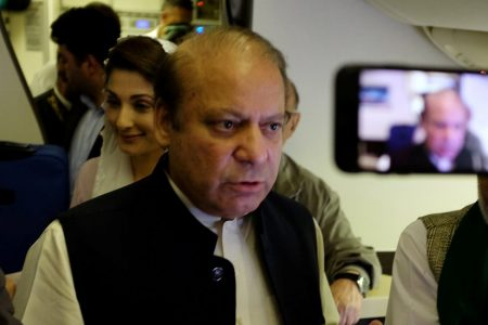Nawaz Sharif Is Arrested on Return to Pakistan, Amid Turmoil and Bloodshed