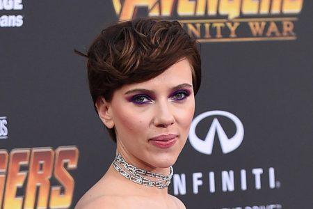 Scarlett Johansson Withdraws From Transgender Role After Backlash