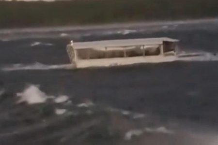 As investigation into deadly duck boat incident begins, survivor describes almost drowning