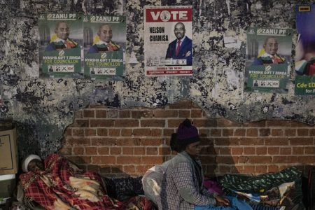 As Zimbabwe Prepares to Vote, Robert Mugabe Resurfaces With a Message