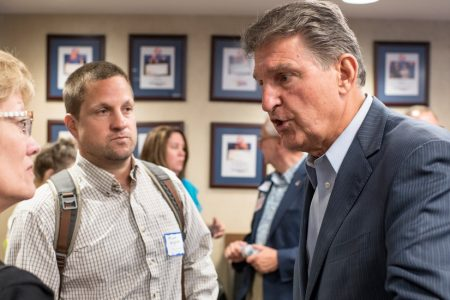 Manchin Is First Democrat to Meet With Kavanaugh as Parties Intensify Feud