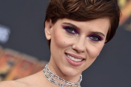 Scarlett Johansson's Decision To Play A Transgender Man Isn't Going Over Well