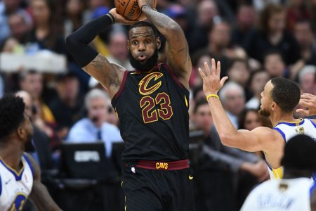 76ers, Lakers and incumbent Cavs still chasing LeBron James as free agency opens up