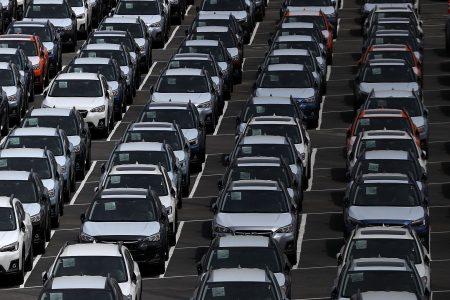Trump's steel, auto tariffs damage GM, Fiat Chrysler, Ford