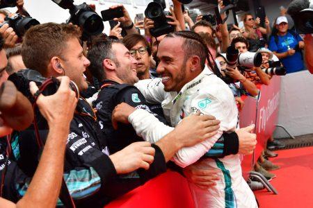 Lewis Hamilton wins German GP as rival Sebastian Vettel crashes late