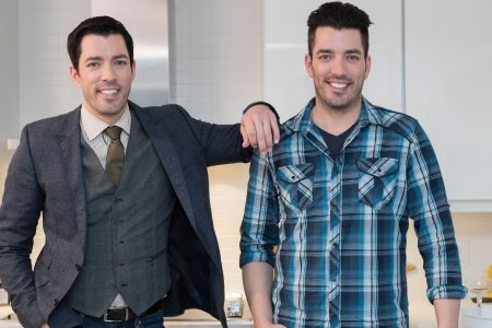 'Property Brothers' twin Drew Scott would be fine with triplets, or maybe two sets of twins