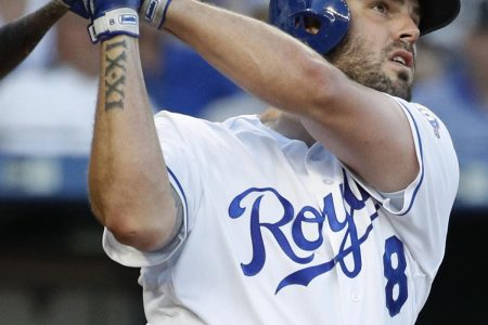 Mike Moustakas Reportedly Traded to Brewers for Brett Phillips, Jorge Lopez