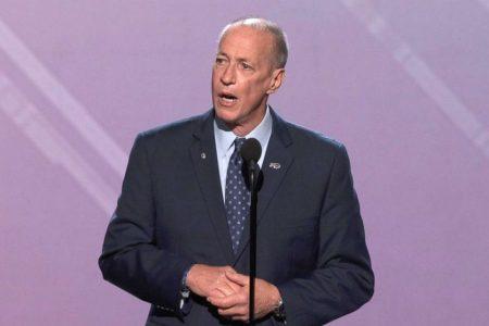 Jim Kelly honored with Jimmy V Award at 2018 ESPYs