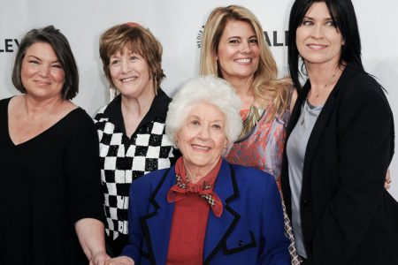 Charlotte Rae, Star of 'The Facts of Life' and 'Diff'rent Strokes,' Dies at 92