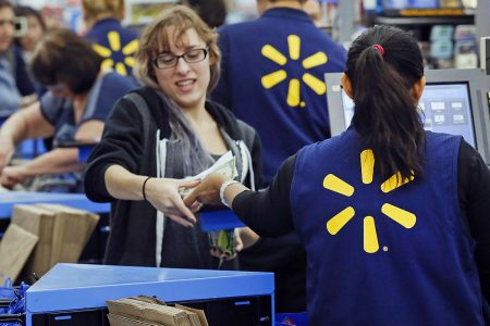 Walmart shares soar 10% as earnings top expectations, boosted by 40% US e-commerce sales growth