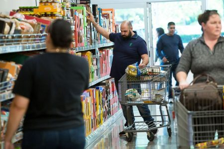 Grocer Aldi targets nearby rivals in bid to its boost its US footprint