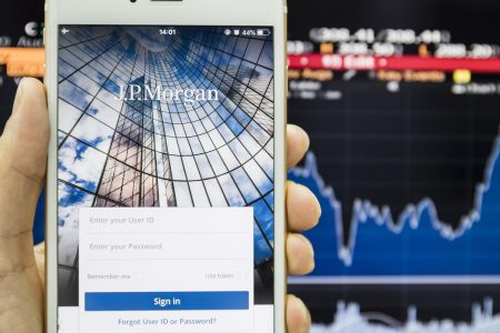 JP Morgan to unveil new investing app with an eye-catching, disruptive price: Free