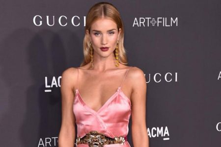 Rosie Huntington-Whiteley shows off summer physique in sexy Instagram Story